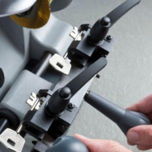 Mašine za dvoperne i potisne ključeve